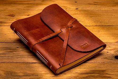 Leather notebook A5 folded - iRead