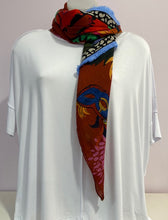 Load image into Gallery viewer, Pom Mysterious Mask Shawl