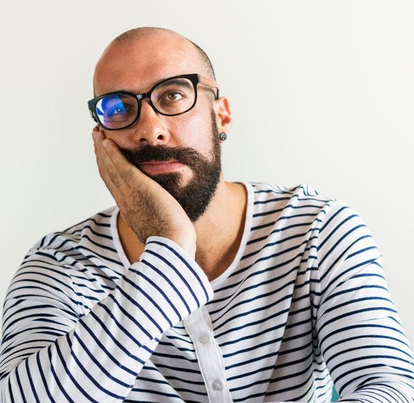 A bald what head suit glasses How to