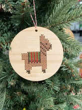 Load image into Gallery viewer, Holiday llama ornament kit