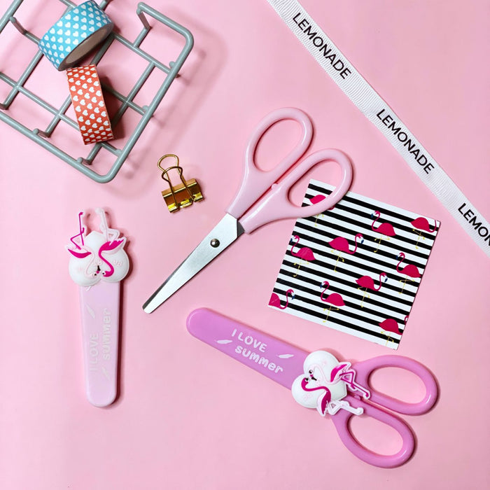 Scissor - Flamingo - Dark Pink - With Cover-Description: These colourful safety scissors by Lemonade are a perfect addition to your child's school essentials.They come with round tips and plastic blades that can only cut paper and card, so you don't have to worry about your kids cutting their fingers or hair even. Dimension: 5½ inches approx Sold individually with the cover.-Default Tittle-LemonadeIndia