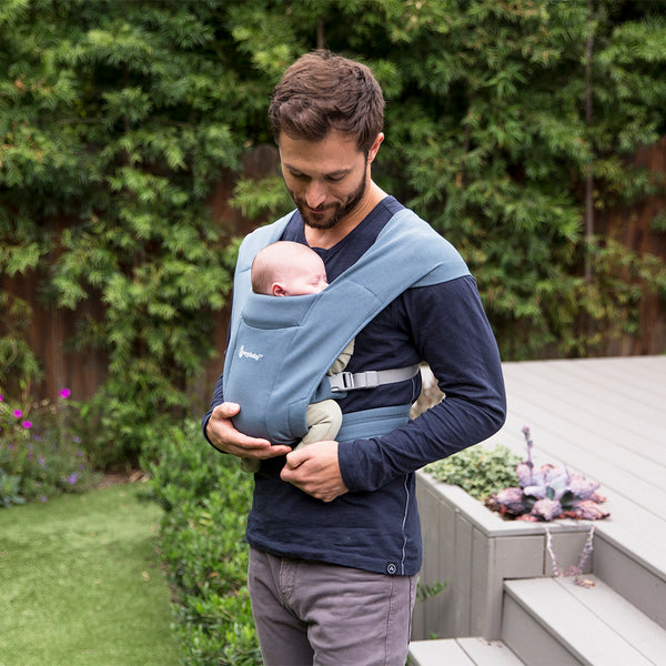 Ergobaby Embrace Newborn Carrier - Oxford Blue (4)