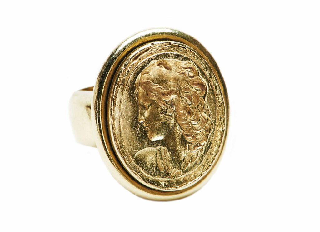 Cast Intaglio Lady Ring