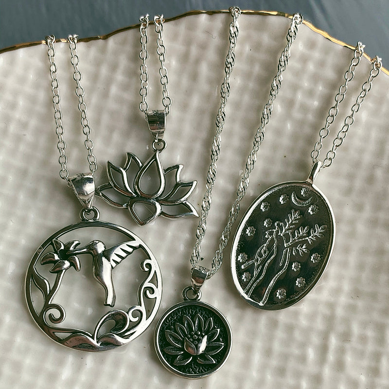 Waterlilly Necklace