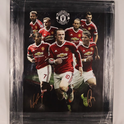 Framed Manchester United 2015/2016 Season Picture *SIGNED*