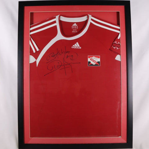 Framed Dwight Yorke shirt 2006-2007 Trinidad and Tobago *SIGNED*