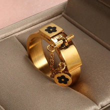 Load image into Gallery viewer, Romeo & Juliet Ring - 200000369:1394;200000783:193#Gold