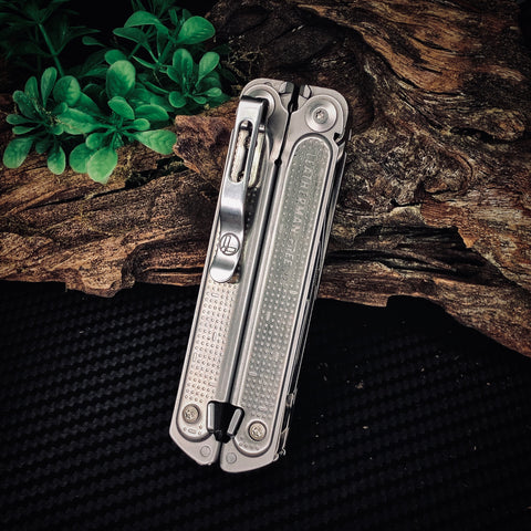 Leatherman - Free P2 Multitool (Goverment Supply Model)