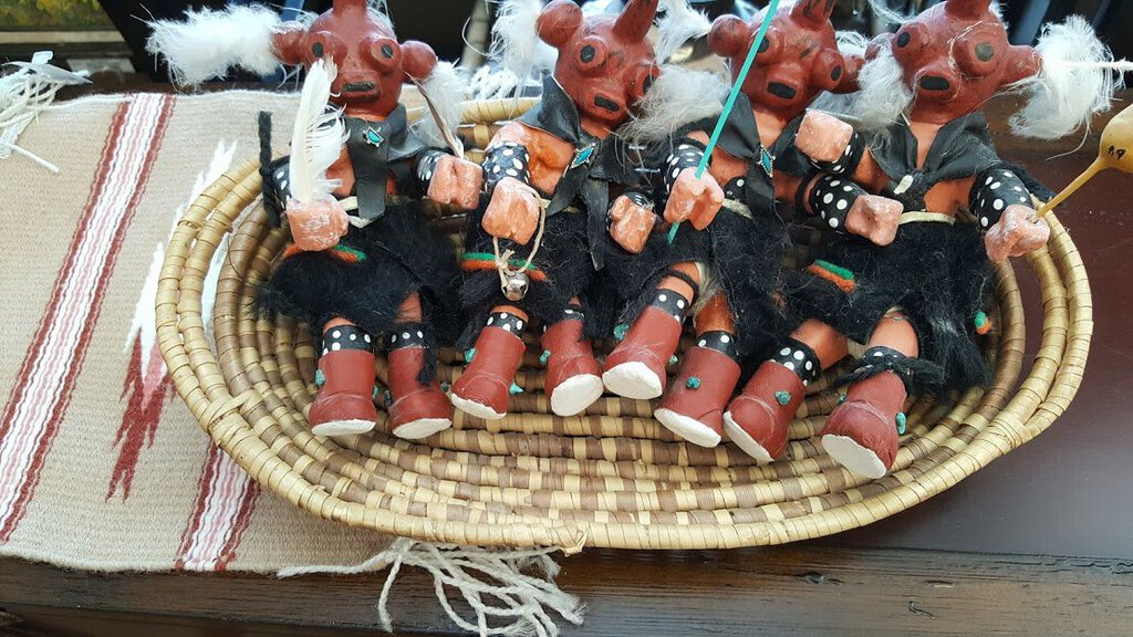 Set of 4 Mud Heads Kachina Hopi signed LM 1989 in basket