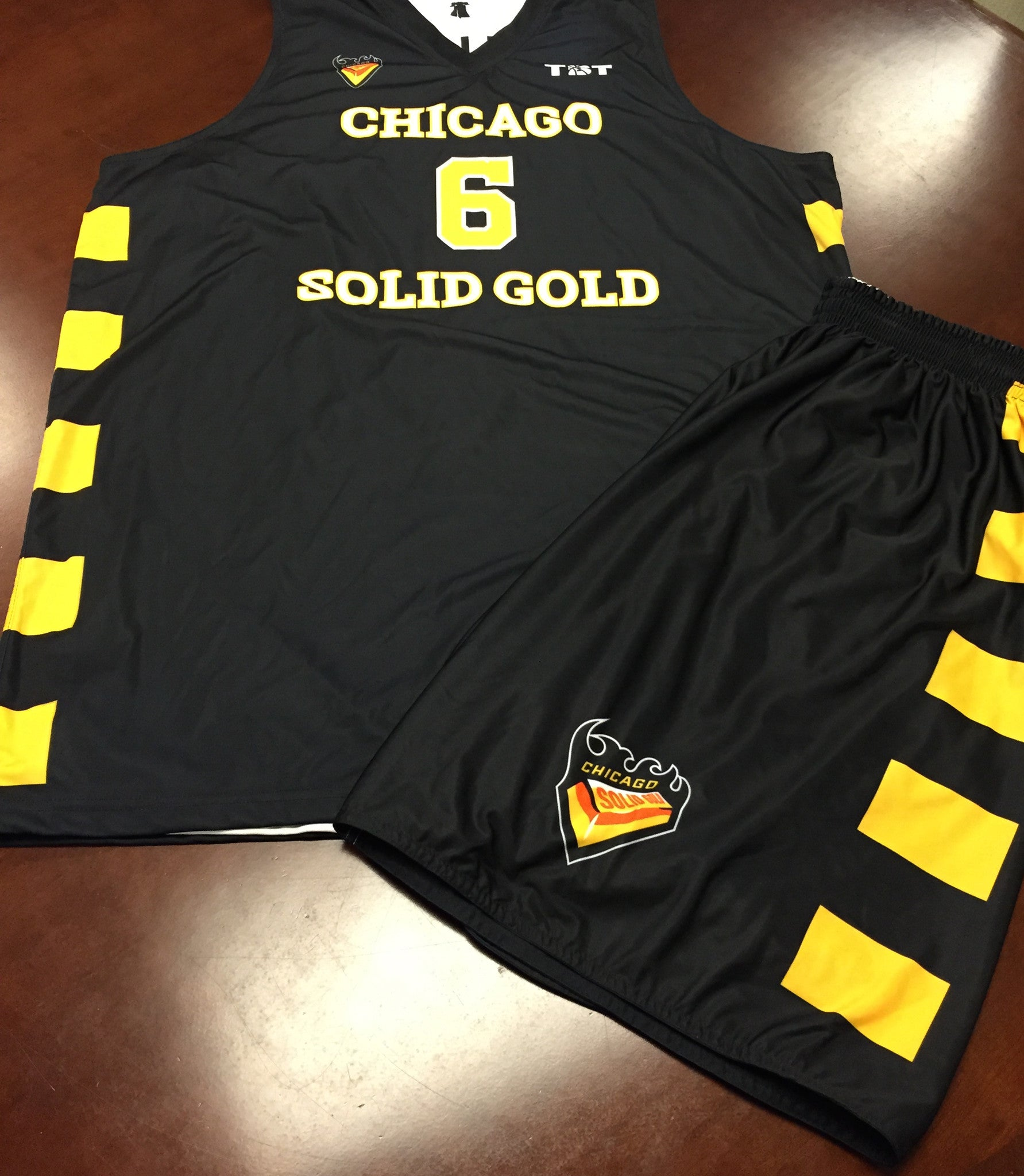 Chicago Solid Gold - 2014 Official Team Uniform (Jersey & Shorts)