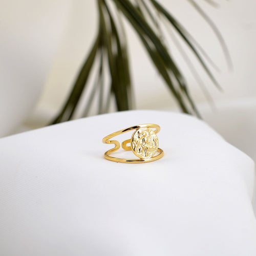 Elegant gold plated sterling silver ring