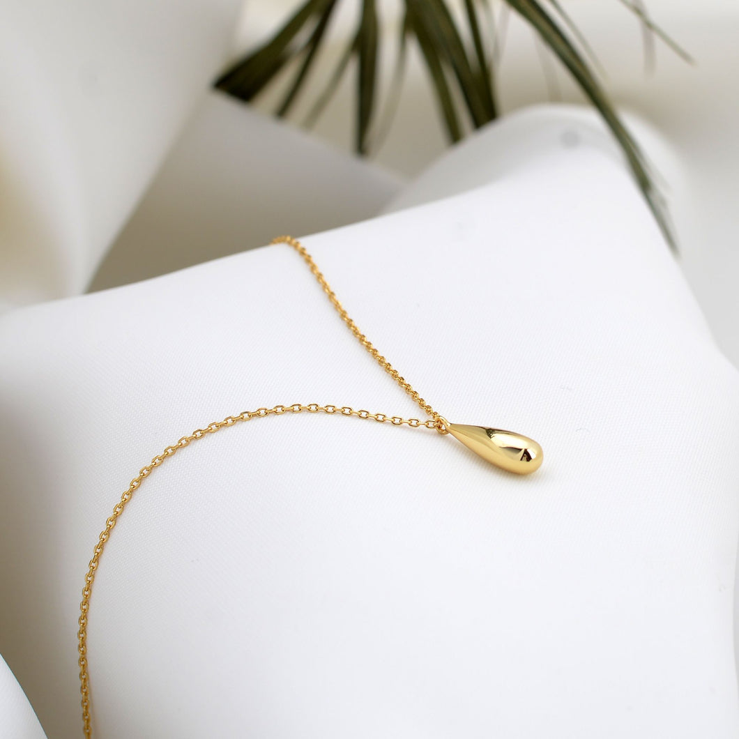 Gold London Necklace