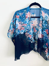 Load image into Gallery viewer, Two Tone Blue Sheer Floral Cropped Kimono