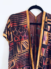 Load image into Gallery viewer, Fall Tones Geometric Velvet Burnout Slim Fit Kimono