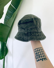 Load image into Gallery viewer, Olive Zip Cotton Bucket Hat