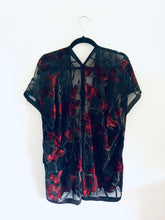 Load image into Gallery viewer, Black and Red Floral Velvet Burnout Slim Fit Kimono
