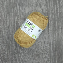 Load image into Gallery viewer, KnitCa Merino Worsted