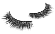 Load image into Gallery viewer, Aubrey (10) pairs per box - Model 21 Eyelashes - Model 21 Lashes