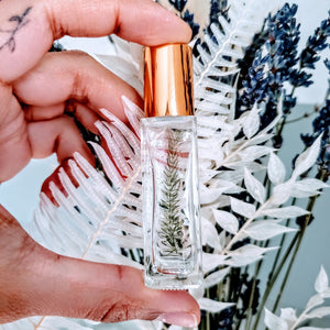 essential oil rollerbottle with real fern