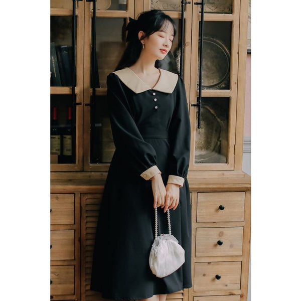 Black Cottagecore Dress - Kadri
