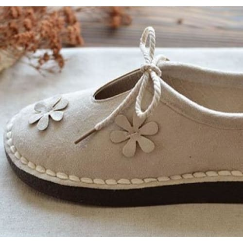 Floral Cottagecore Shoes - Tiina