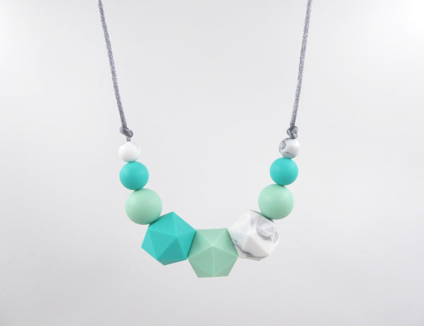 Silicone Teething Necklace Turquoise, mint