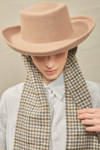GAMBLER HAT WITH TWEED SCARF