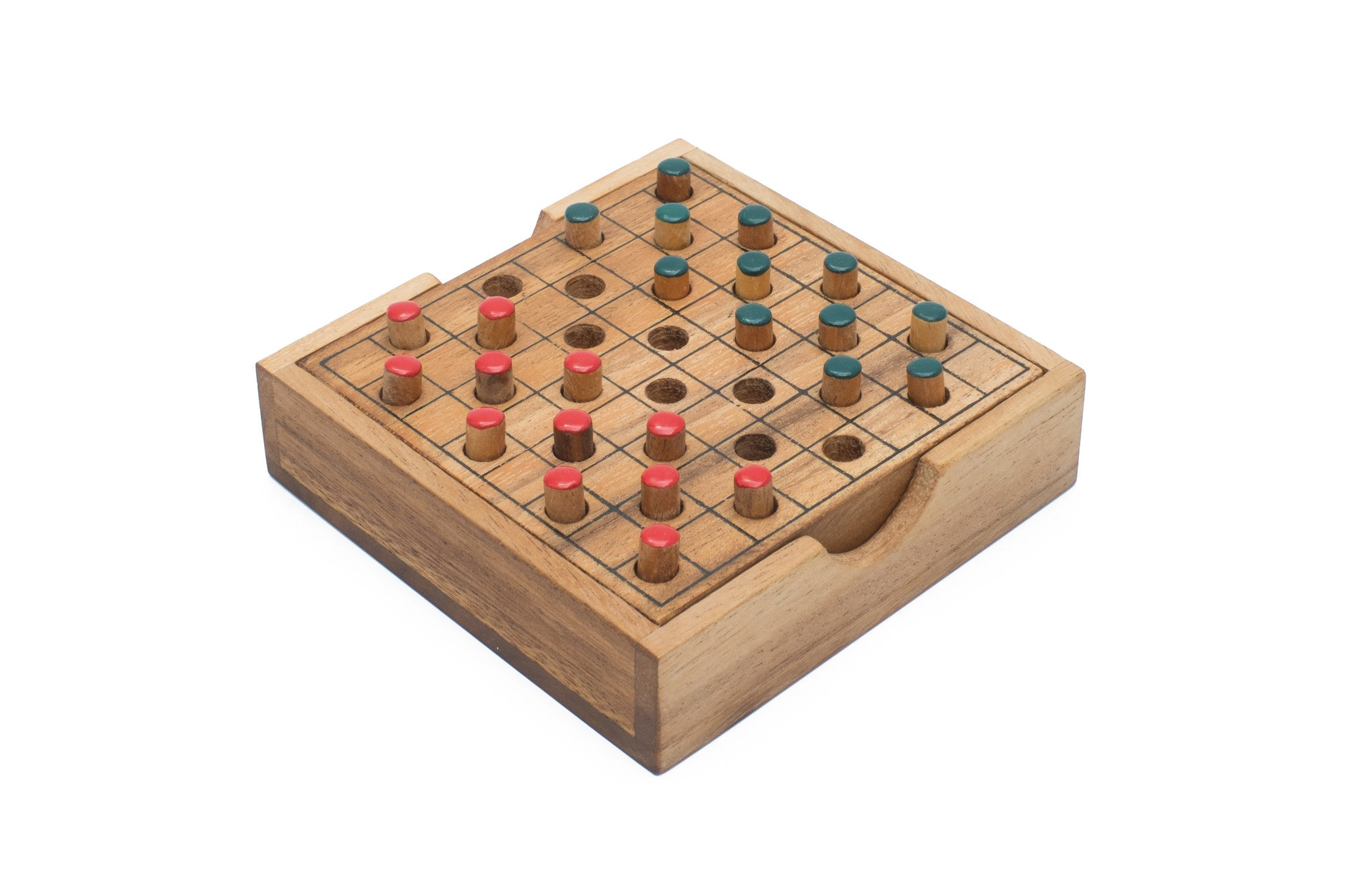How Do You Play Checkers Game: Basic Rules and How to Win