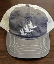 Load image into Gallery viewer, CRCL Three Pelican Hat