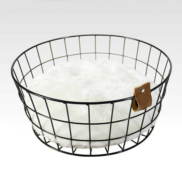 Straight Wire Cat Bedding