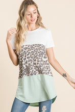 Load image into Gallery viewer, Color Block Animal Print T Shirt