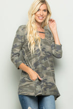 Load image into Gallery viewer, Heimish Camo 3/4 Sleeve Shirt