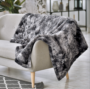 HUG ME FAUX FUR WEIGHTED THROW