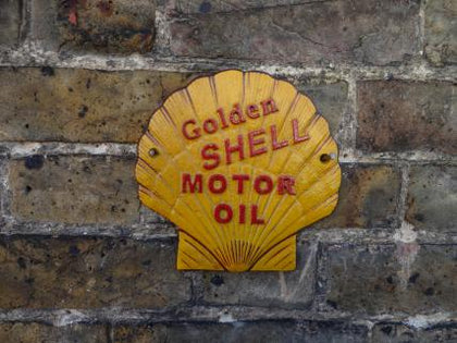 Golden Shell plaque Cast Iron sign