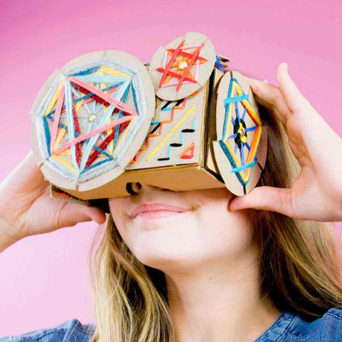 DIY Virtual Reality Viewer Stitch and Style