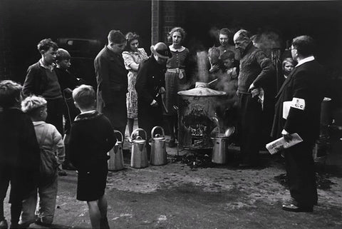George Rodger - The Blitz. Canteen in public shelter, London, 1940