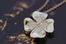 Load image into Gallery viewer, Gold Clover Pendant