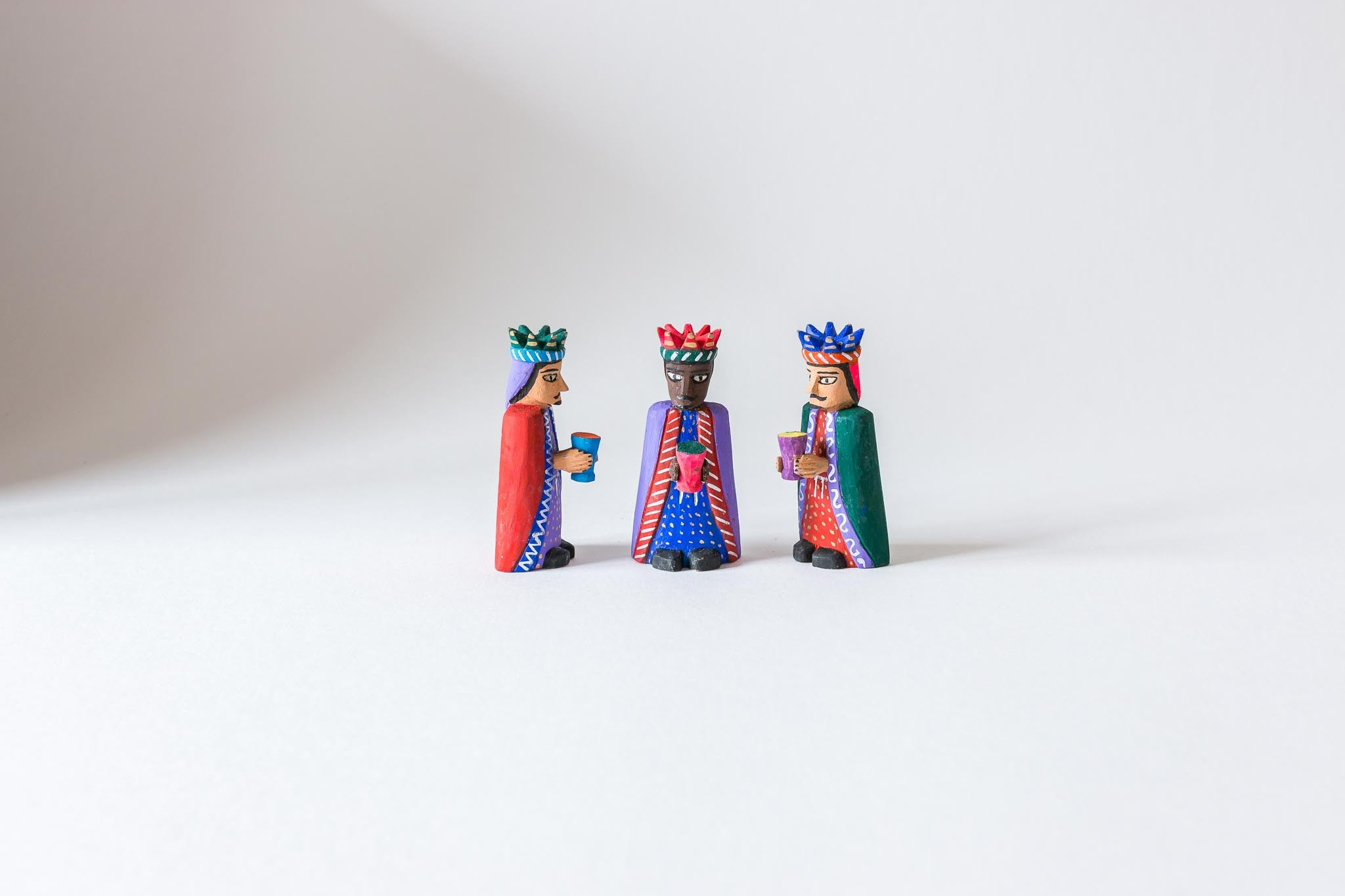 Nativity Three Kings Placido Santiago Cruz Oaxacan wood carving