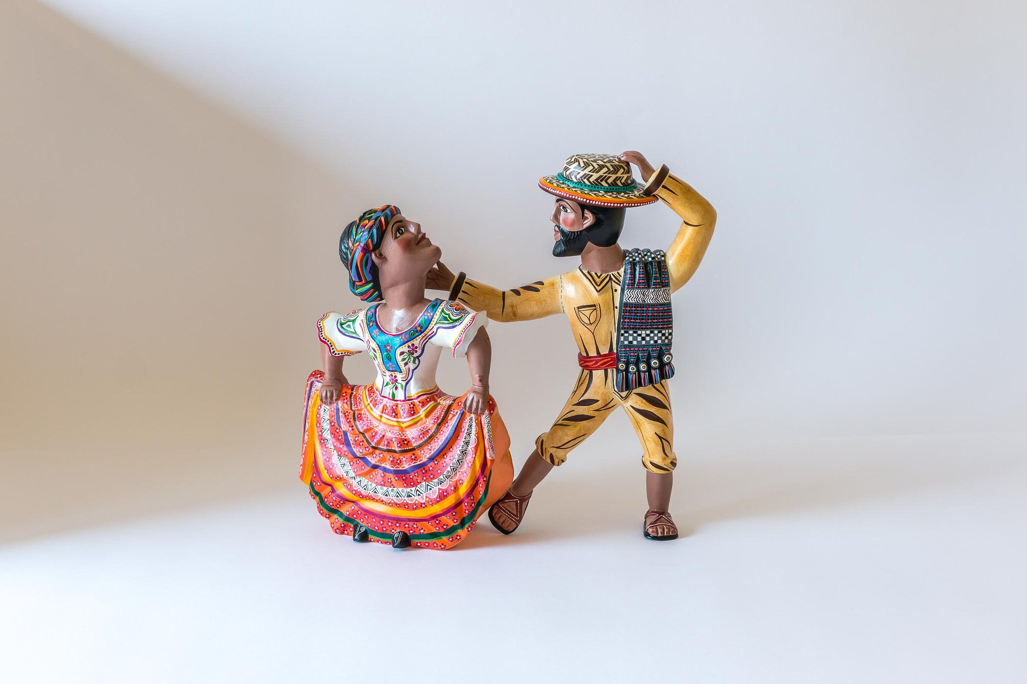 Oaxacan wood carving  Agustin Cruz Tinoco Two Dancers Front View