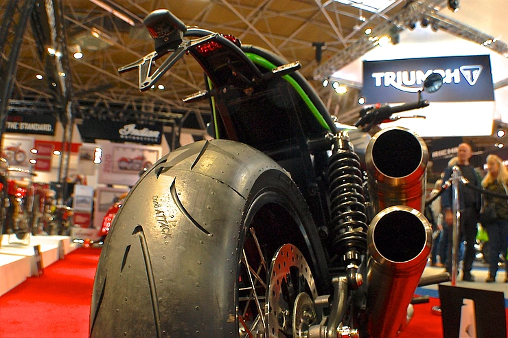 Without flooding the blog with images I'd also like to show you the rear tyre. Gives it such a racy look