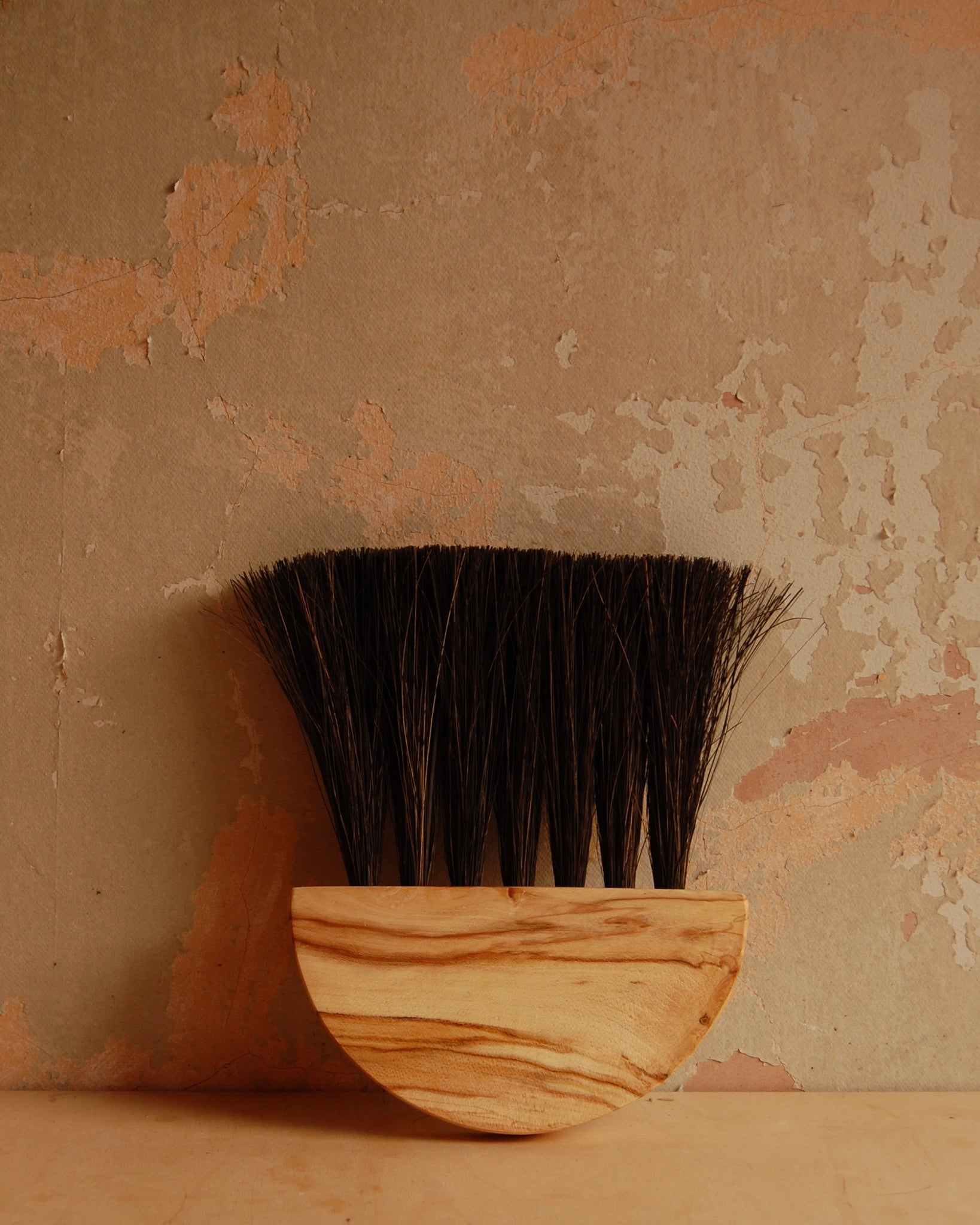 Sycamore Table Brush