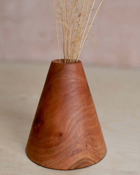 Conical applewood stem