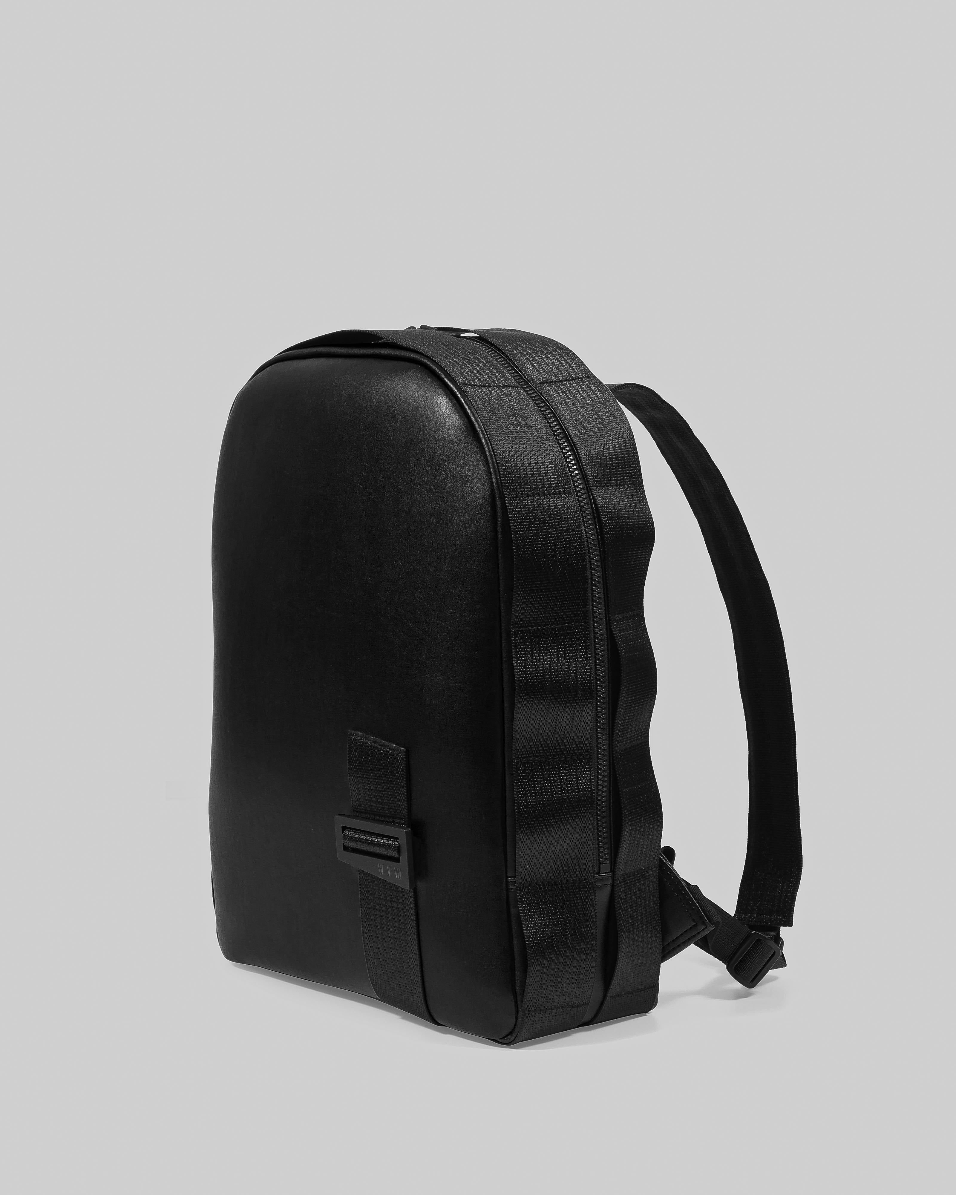 DIETER Backpack in Desserto®