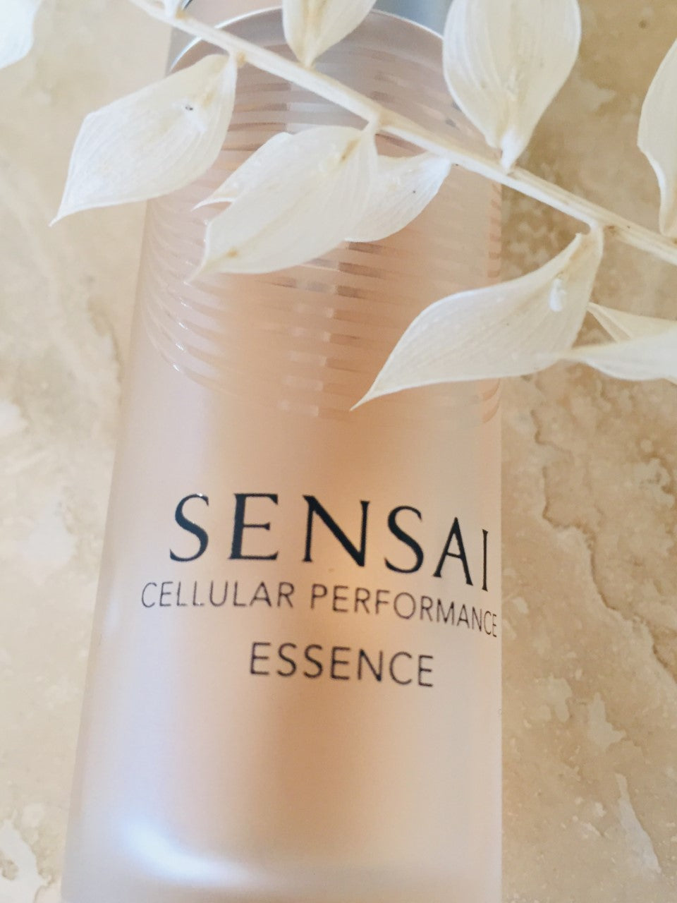 Sensai Cellular Performance Essence (Serum)
