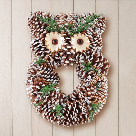 Frosted Owl Pinecone Decorative Wreath