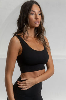 Flex Ribbed Padded Sports Bra - Black