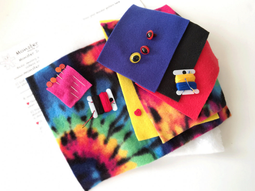 It's Sew Easy to Create Your Own Monster Kit - Black Hole