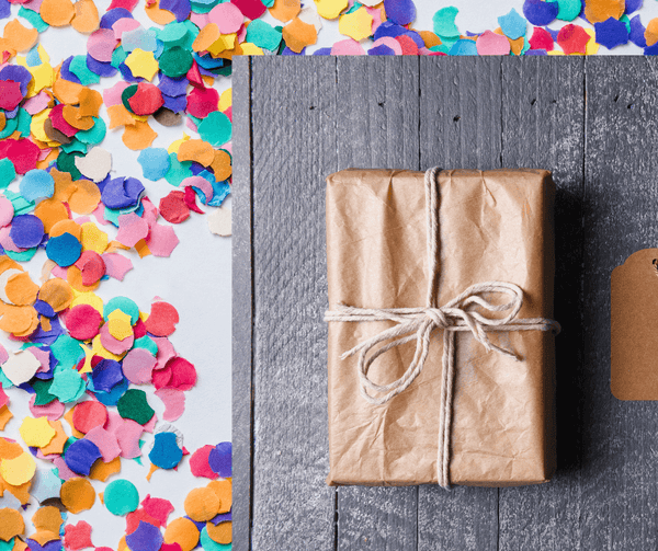 gift-wrapping-and-confetti