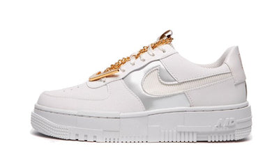 Air Force 1 Low Pixel White Gold Chain Sneakers Nike homme femme