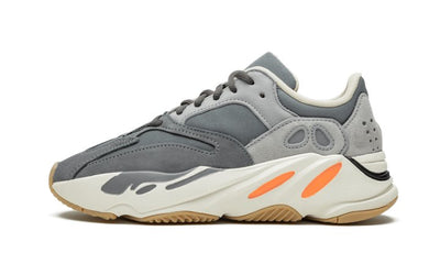 Yeezy Boost 700 Magnet Sneakers Adidas homme femme